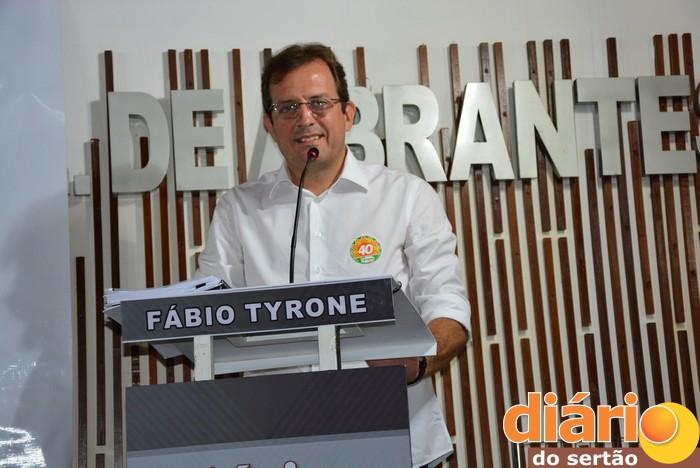 Fábio Tyrone será entrevistado ao vivo na TVDS (foto: DS)