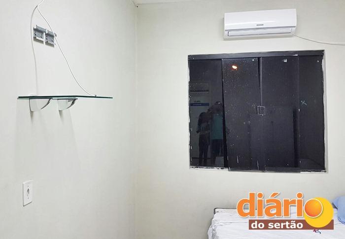 Desconhecidos levaram a TV do repouso feminino da UPA (foto: Diário do Sertão