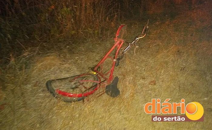 Bicicleta ficou totalmente destruída (foto: DS)