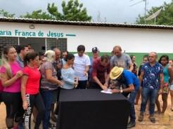 A comunidade agradeceu ao prefeito Chico Mendes