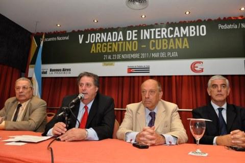 Collia encabezó el cierre de las jornadas argentino-cubanas en Mar del Plata (foto del Ministerio de Salud)