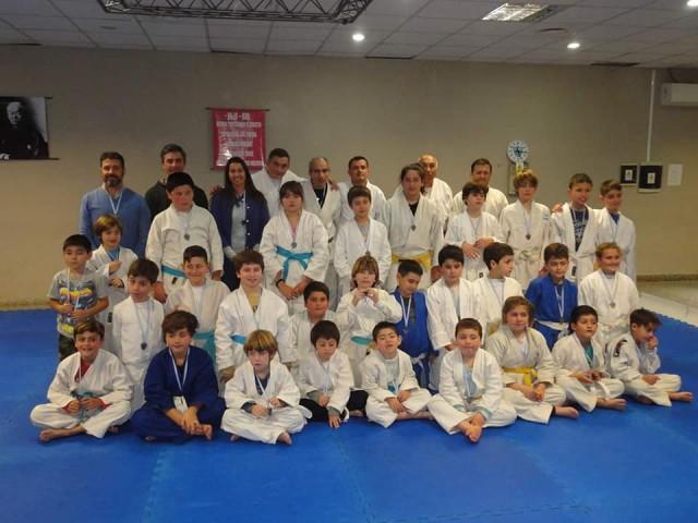 Los Judokitas recibieron medallas entregadas por la Direccion Municipal de Deportes
