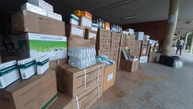 Photo of Entregan suministros al Hospital Guevara Rojas