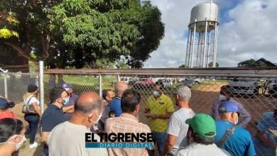 Photo of Vecinos de Los Cocales exigen a Hidrocaribe solución para el desborde de aguas servidas