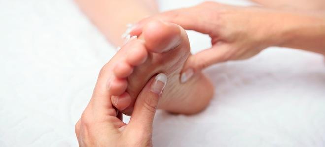 Reflexología: Cómo hacer un buen masaje en los pies