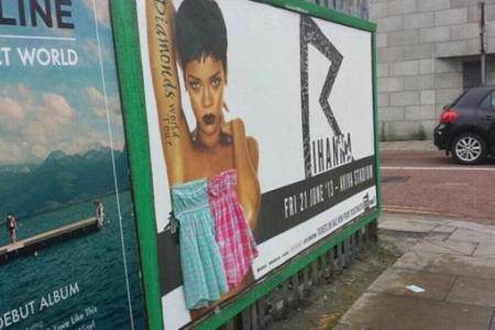 """Los pósters que anuncian su concierto del 21 de junio en el Aviva Stadium han sido """"tapados"""""""