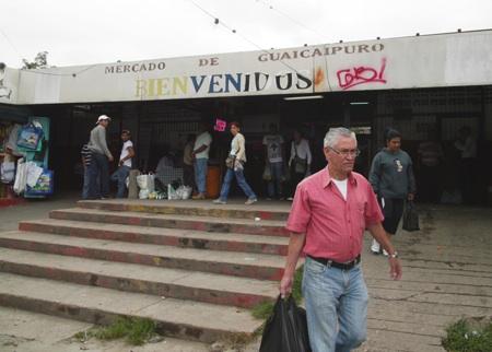 El Mercado Municipal de El Paso no escapa de los tentáculos de la escasez. ARCHIVO