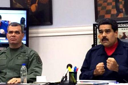 Durante una cadena nacional de radio y televisión, desde el Palacio de Miraflores, detalló que en las próximas horas develaría detalles de los grupos a los que está vinculado Bolívar