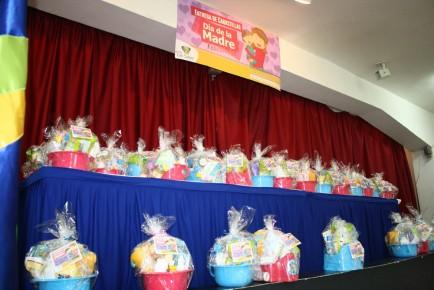 Unas 60 canastillas para bebés fueron entregadas por la alcaldía de Los Salias