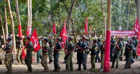 Los rebeldes maoístas exigen más empleos, tierras y el fortalecimiento de los derechos de las minorías tribales más pobres
