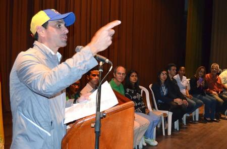 Para Capriles, aquellos que tienen una buena educación llegarán a donde quieran