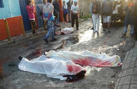A los tres hombres asesinado en  la comunidad de Santa Eulalia los interceptaron cuando, presuntamente, regresaban con el botín producto de los saqueos
