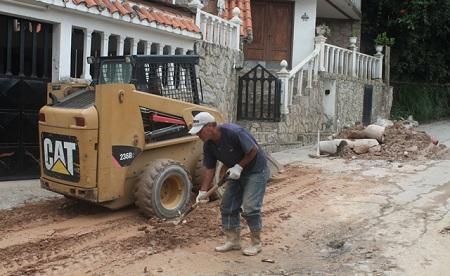 El miércoles retiraron derrumbes de la Panamericana