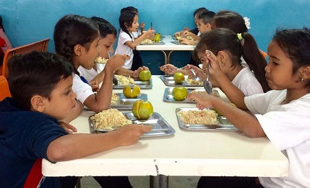 """Alumnos de 356 escuelas disfrutaran del programa """"MiPae"""" desde octubre. Foto: Deysi Peña"""