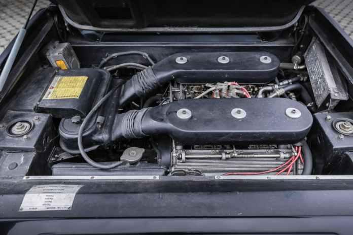 1986 Lamborghini Jalpa 2
