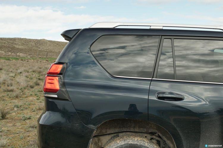 Toyota Land Cruiser Limited 00008