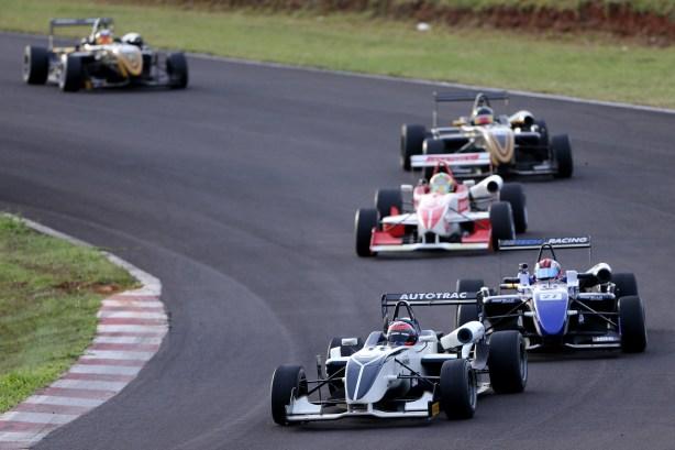 Pedro Piquet, da Cesário F3, venceu as duas provas de Viamão (Foto Bruno Terena)