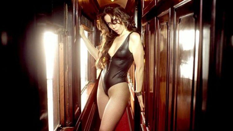 Natalia Oreiro pos desnuda sin maquillaje ni photoshop