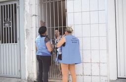 Prefeitura de Diadema vacina 'casa a casa' contra a Febre Amarela