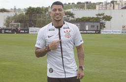 Ralf descarta ter 'lugar cativo' no Corinthians