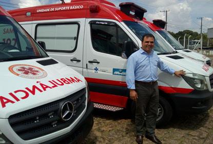 Presidente Michel Temer entrega ambulância para o Samu de Diadema