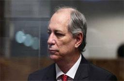 Ajudei Lula e agora vejo crescer responsabilidade nas costas, diz Ciro Gomes