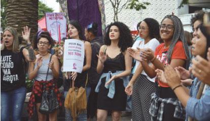 Manifestações em defesa de direitos marcam Dia Internacional da Mulher