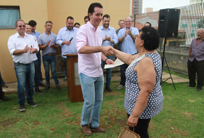 Prefeitura começa a entregar escrituras do Conjunto Habitacional Graciliano Ramos