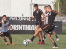 Renê Júnior desfalca o Corinthians em Salvador
