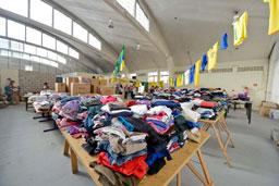 Em São Bernardo, Fundo Social de Solidariedade e Toyota captam mais de 6.000 doações, entre roupas e alimentos