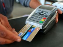 Dobra número de queixas sobre compras feitas no cartão de débito