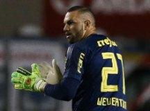Após sete meses no elenco, Weverton é o novo titular no gol do Palmeiras