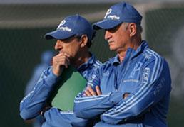 Palmeiras chega em baixa e com desfalques para duelos decisivos