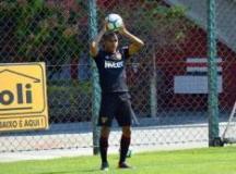 Régis está sem treinar desde o final de semana passado. Foto: Érico Leonan/SPFC