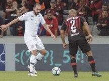 Corinthians perde do Atlético-PR em Curitiba e continua sob risco de rebaixamento à Série B