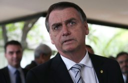 """Bolsonaro: """"Não sou o presidente. Se fosse, você sabe qual seria minha decisão"""". Foto: Antonio Cruz/ABr"""