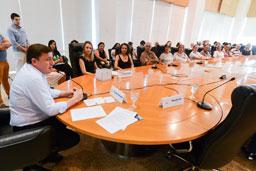 Ação foi acompanhada pelo prefeito Orlando Morando e representantes de 50 entidades cadastradas no FSS; entre os destaques estão o recorde de arrecadação da Campanha do Agasalho, com 152 mil itens