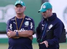Recuperado de cólicas, Felipão retorna e faz testes com reservas do Palmeiras