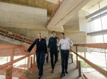 Morando e Sá Leitão vistoriam prédio da futura Fábrica de Cultura