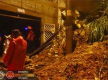 Desabamentos deixam quatro vítimas no Jardim Zaíra, em Mauá. Foto: Divulgação/Corpo de Bombeiros