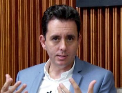 Prefeito Paulo Serra cobra Aneel e Enel pela má qualidade no fornecimento de energia elétrica
