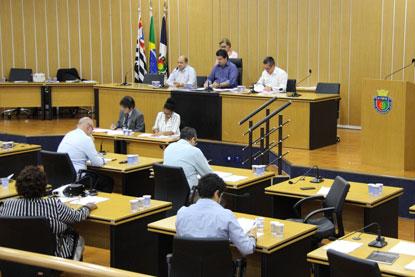 Câmara aprova contas de Auricchio rejeitadas em 2015