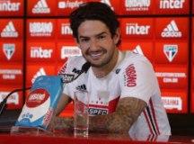 """Pato: """"O carinho do torcedor é algo que não consigo explicar"""". Foto: Rubens Chiri/SPFC"""