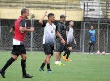 """Sérgio Soares: """"Vamos atuar em nossa casa e temos de propor o jogo também"""". Foto: Divulgação/EC São Bernardo"""