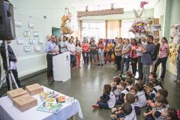Material escolar chega às escolas infantis de S.Caetano