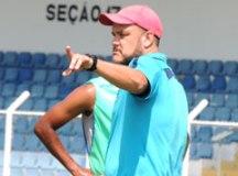 Treinador da base do Grêmio assume São Caetano para Série D