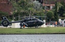 Com atraso e de helicóptero, Neymar chegou no início da tarde deste sábado à concentração em Teresópolis. Foto: Pedro Martins/ oWA Press