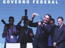 """Sempre transmiti a todos que temos que ter a capacidade de nos anteciparmos aos problemas"",  disse Bolsonaro. Foto: Antonio Cruz/Agência Brasil"