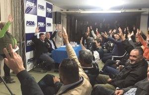 Fernando Henrique critica pedidos de expulsão de Aécio