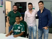 John Ryan, promessa formada na base do Água Santa, é emprestado ao Palmeiras
